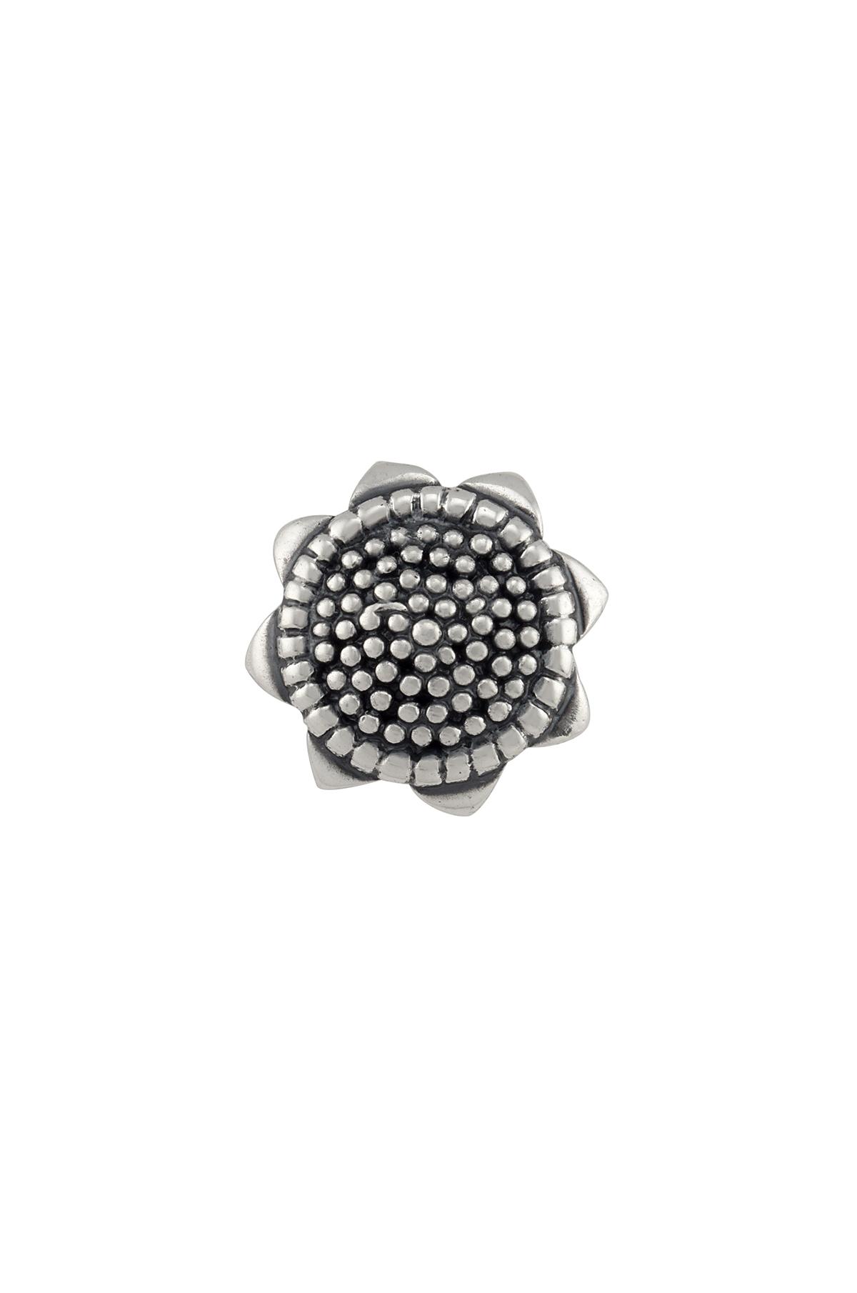 Silver Sunflower Rawa Nose Pin